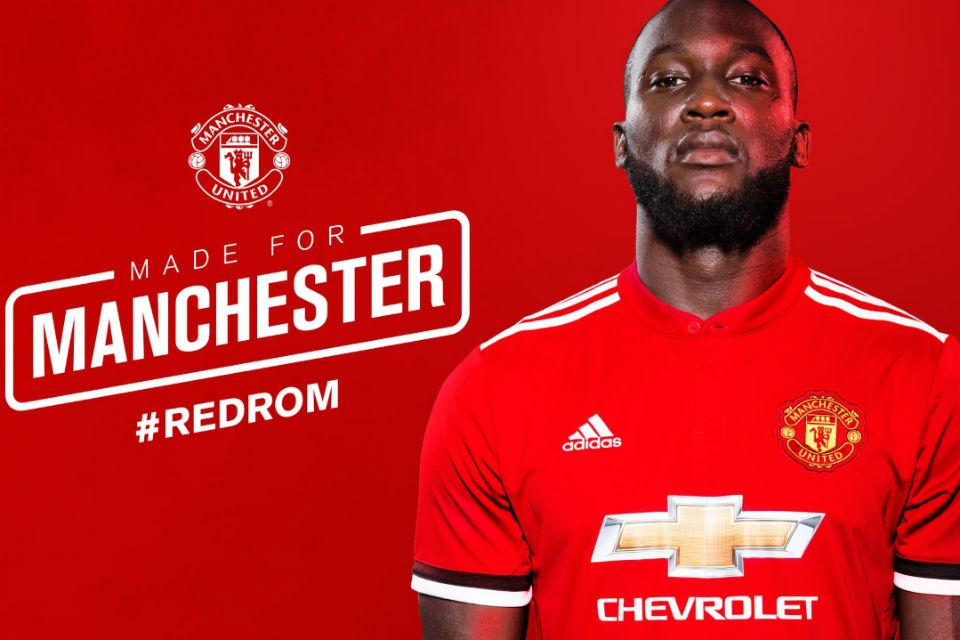 Romelu Lukaku resmi berseragam Manchester United